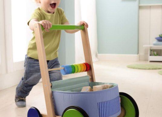Welche Vorteile bietet ein Lauflernwagen für Kinder?